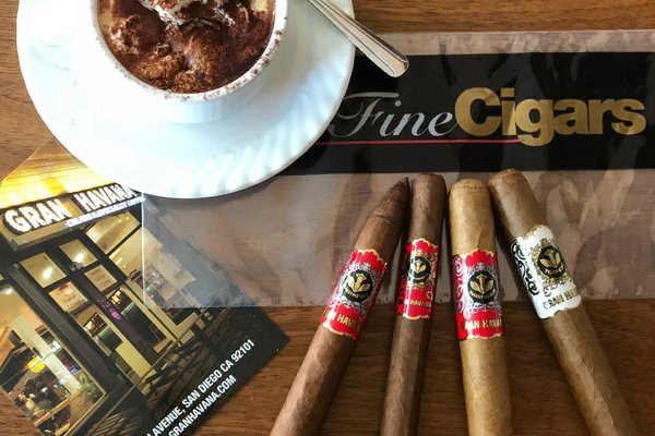 Gran Havana Cigar Club Monthly Membership Box Photo 1